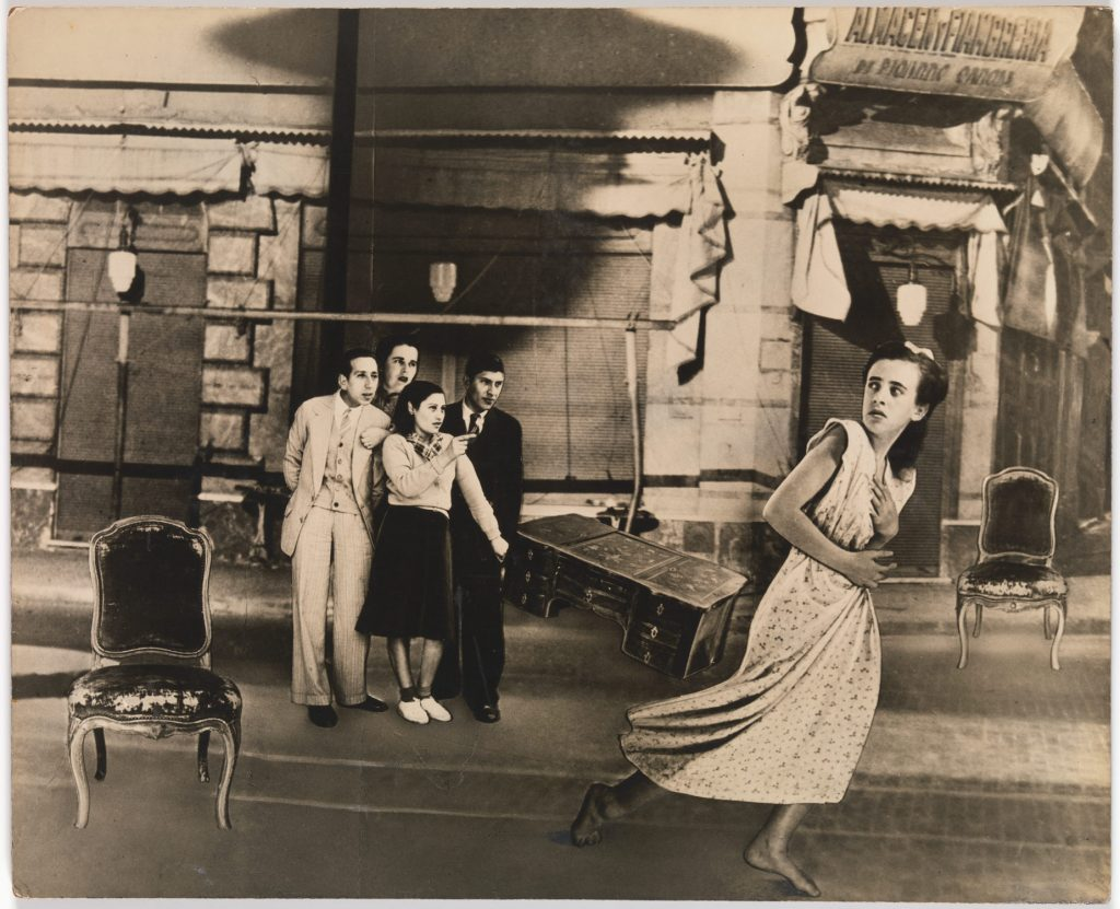 """Grete Stern, Sueño No. 44: """"La acusada"""", 1948"""